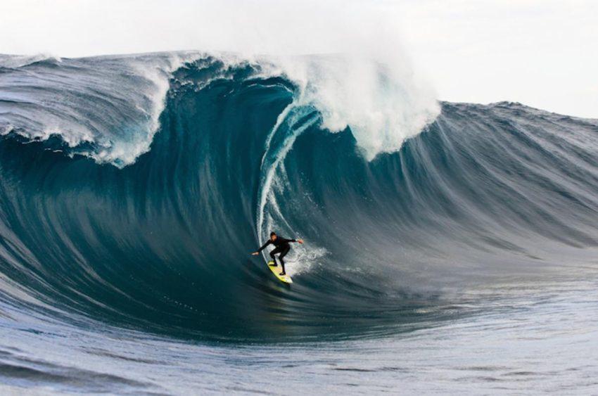 Richie Vaculik surfing big waves image