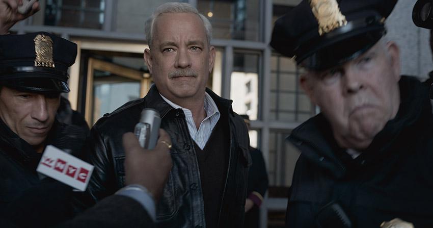 Sully (Tom Hanks) image