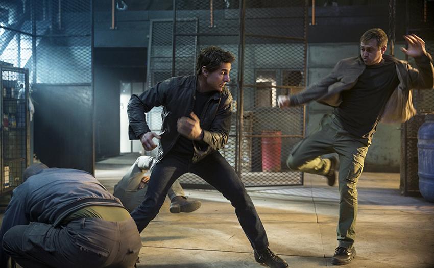 Jack Reacher: Never Go Back Tom Cruise Fighting image