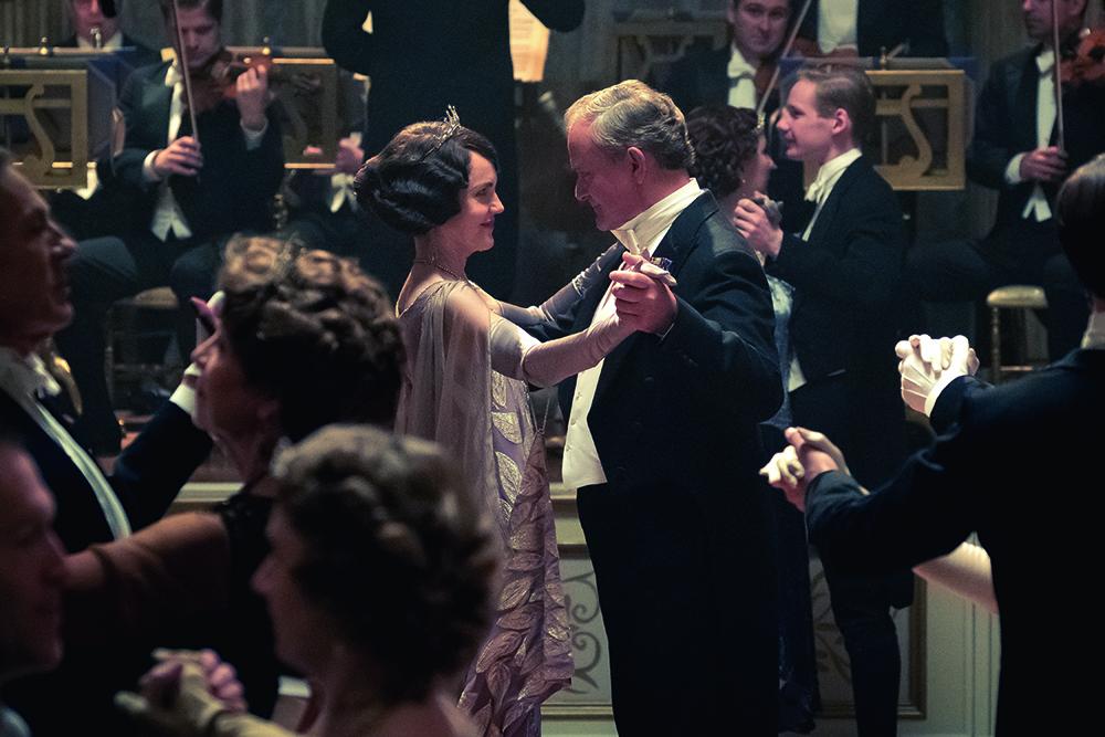 Downton Abbey Elizabeth McGovern and Hugh Bonneville